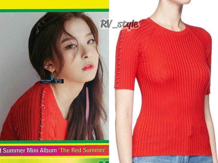Alexander Wang knit top $460 với chất liệu co giãn giúpSeulgi khoe được thân hình gợi cảm.