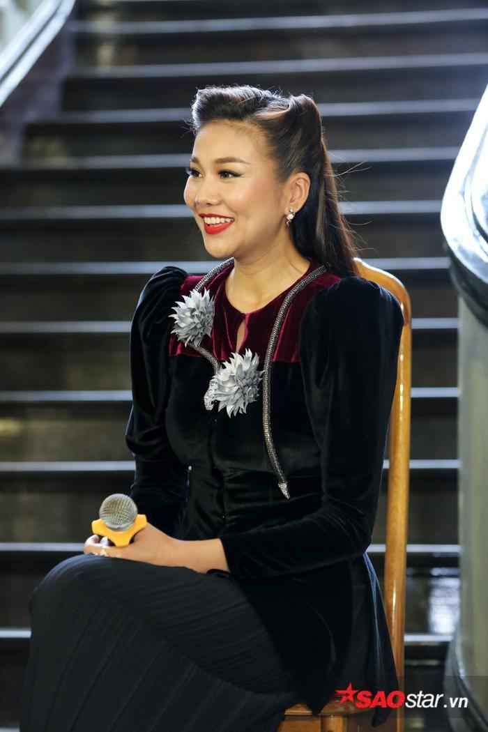 Thanh Hằng, Lan Khuê 'đọ sắc' áo bà ba cùng Midu, Lâm Vinh Hải - Song Luân bảnh bao trong trang phục xưa