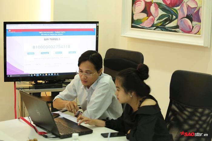 Việc quay số được thực hiện bởi khách hàng thân thiết của Mobifone.
