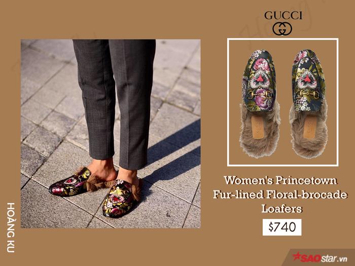Là con trai thế nhưng mẫu giày hoa lá mang hơi hướng nhiệt đới này không làm khó được fashion icon Hoàng Ku. Hiện mẫu giày đáng giá 740$ này đang sold out trên mọi mặt trận.