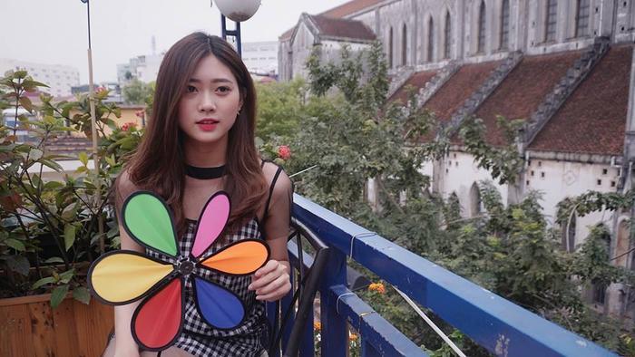 Cứ ngỡ đây là gái Hàn mặc áo dài, ai dè lại là gái Việt 100%