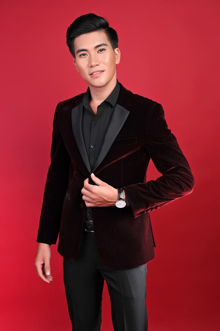 Hoàng Ngọc Sơn chia sẻ, bản thân sẽ cố gắng trau dồi để có thể xuất hiện trên nhiều sân khấu chuyên nghiệp hơn.