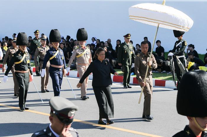 Công chúa Sirindhorn tham gia buổi tập dượt cho nghi lễ hỏa táng. Ảnh: Reuters.