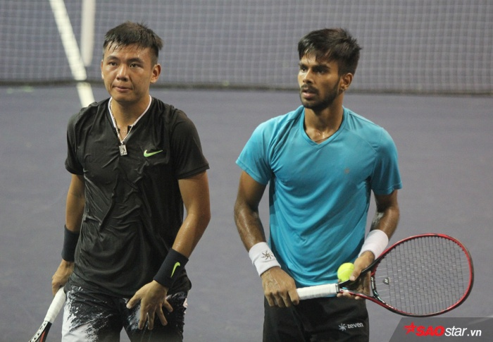 Hoàng Nam và Sumit Nagal dừng bước tại Vòng 1 Việt Nam Open 2017.