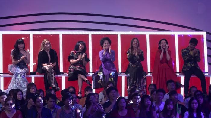 Dàn khách mời gạo cội của Tập 4: Nhật Hạ, Thanh Hà, Cẩm Vân, Giao Linh, Họa Mi, Phi Nhung, Chế Thanh.