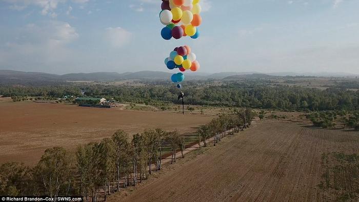 Du hành bằng bóng bay: chuyện tưởng chỉ có trong 'Up'