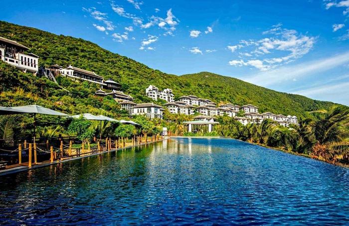 Đây là khu nghỉ dưỡng được lựa chọn làm nơi đón tiếp đa số các đoàn lãnh đạo APEC.
