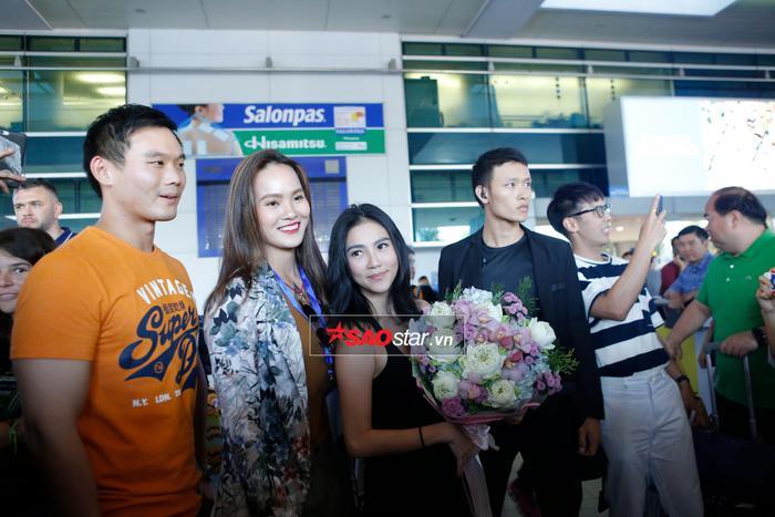 Wanida Termthanaporn đến Việt Nam với ekip hùng hậu lên đến 8 người