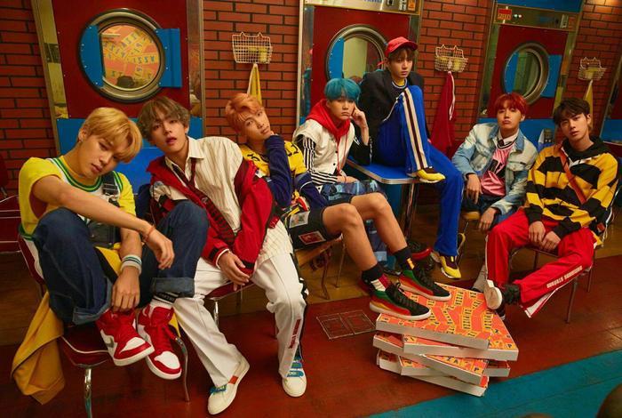 """BTS cùng """"tiếng sáo"""" gây nghiện từ DNA sẽ trở lại lễ trao giải của Melon."""