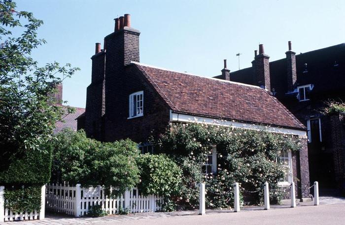 Nottingham Cottage sẽ là tổ ấm của Hoàng tử Harry và vị hôn thê Meghan Markle sau đám cưới.
