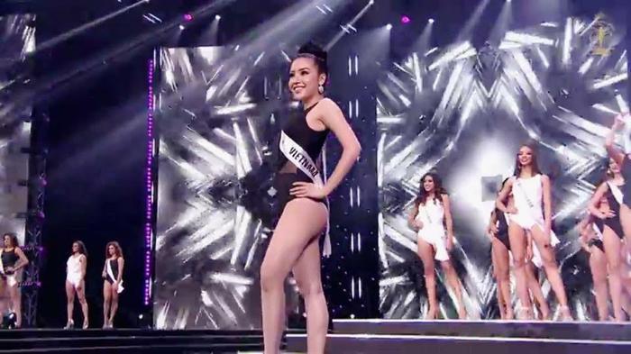 Dù qua trễ đến 10 ngày nhưng bằng sự nỗ lực cũng như người hâm mộ quê nhà bình chọn nhiệt tình đã giúp Khánh Phương lọt top 25 Hoa hậu Siêu quốc gia 2017. Cô không quên gửi lời cảm ơn đến người hâm mộ và những ai đã bình chọn nhiệt tình cho mình tại cuộc thi.