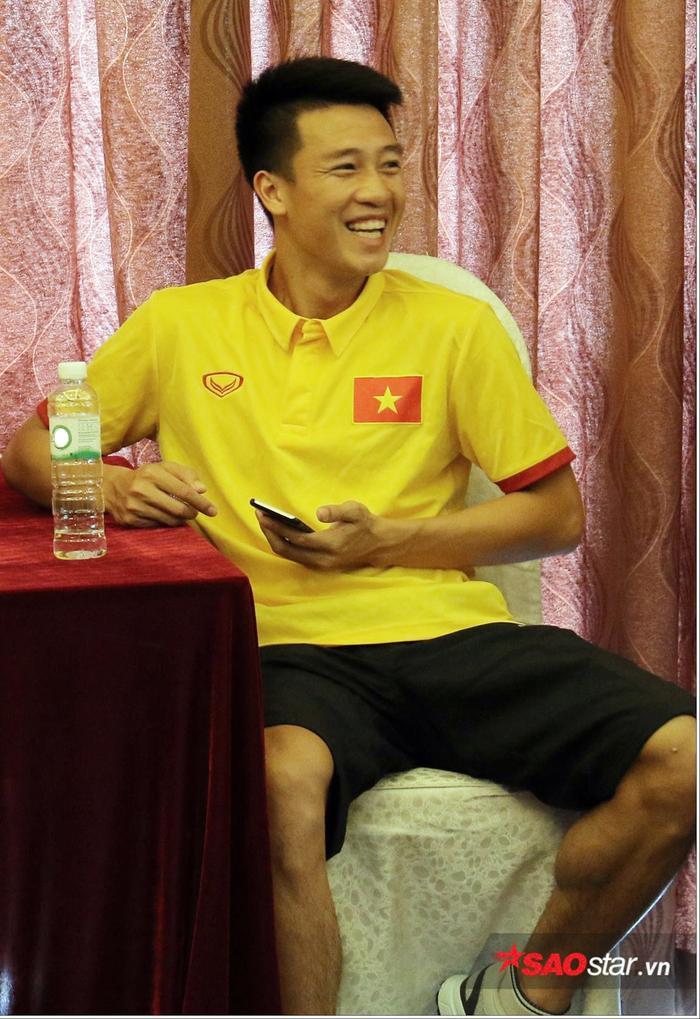 Nguyễn Huy Hùng.