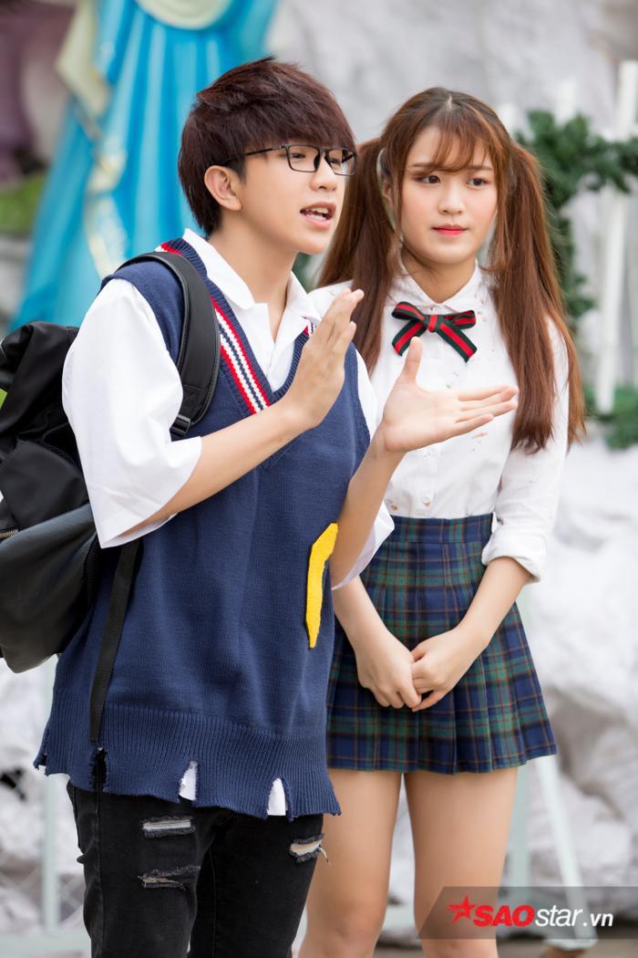 Tùng Haru và Han Sara.