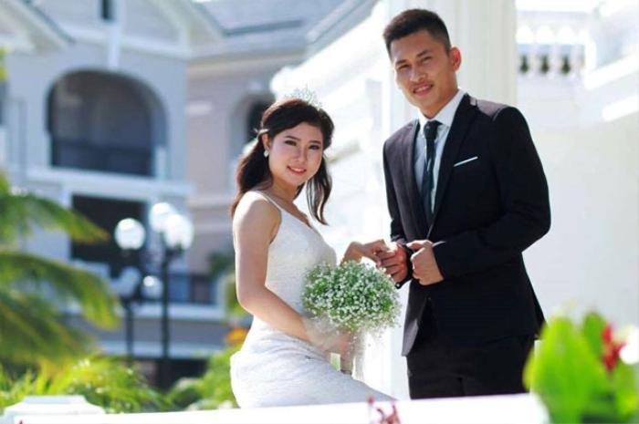 Những sao bóng đá Việt lên xe hoa trong năm 2017