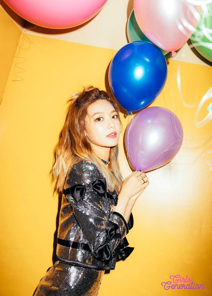 Sooyoung từng ước mình có thể hoàn thiện kĩ năng hơn trước khi debut cùng các thành viên khác.