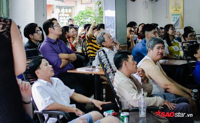 Nhìn lại những khoảnh khắc đẹp này để thấy, U23 Việt Nam đã khiến mọi người xích lại gần nhau như thế nào