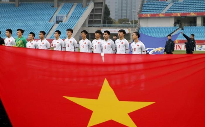 Chuyên cơ 'Tôi yêu Tổ quốc tôi' của Vietjet đón đội tuyển U23 Việt Nam về nước