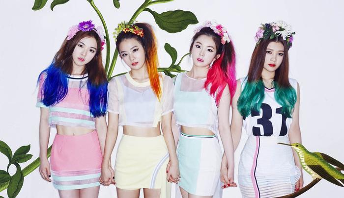 Red Velvet khi mới ra mắt. (Từ trái sang: Wendy, Seulgi, Irene, Joy).
