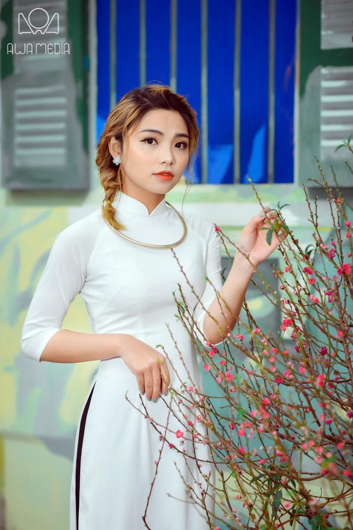 Bước vào cuộc thi Giọng hát Việt 2017, Hiền Mai mang tâm thế học hỏi là chính. Nhưng không ngờ, cô được đi sâu đến vòng chung kết đến ngôi vị Á quân. Đó là điều mà cô chưa từng nghĩ tới.