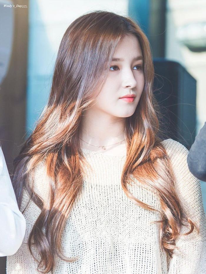 Khuôn mặt không góc chết của nữ thần thế hệ mới của Kpop.