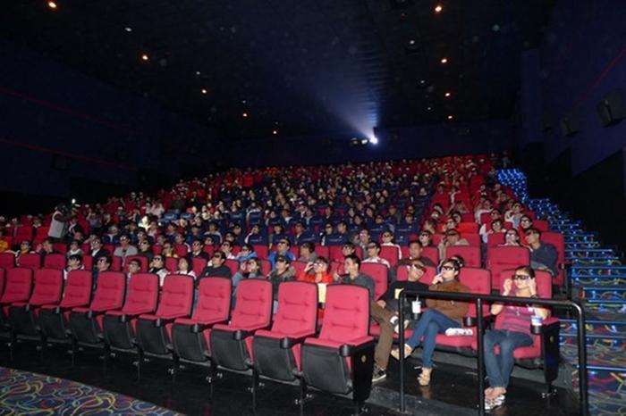 Hãy lưu lại những kỷniệm cùng một nửa trong không gian tuyệt vời của rạp chiếu phim. Ảnh: I.T.