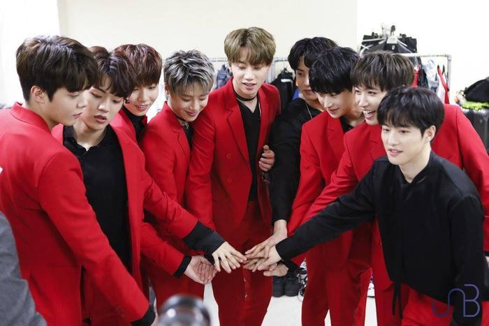 YG 'kém sang' với gà nhà, KBS xứng đáng 1000 điểm thanh lịch: 13 tỷ cho MV debut