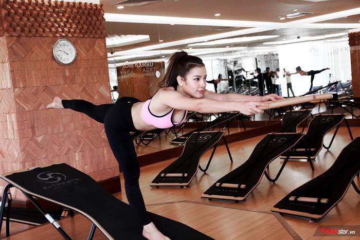 Nữ diễn viên có thân nóng bỏng của Showbiz Việt tiết lộ mối lương duyên kỳ lạ với yoga ảnh 1