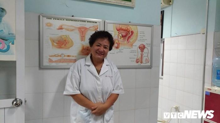 Bác sĩ sản phụ khoa Lê Thị Kim Dung (Bệnh viện Đa khoa Nông nghiệp).