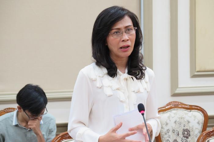 Bà Nguyễn Thị Thu trong cuộc họp ngày 6/4