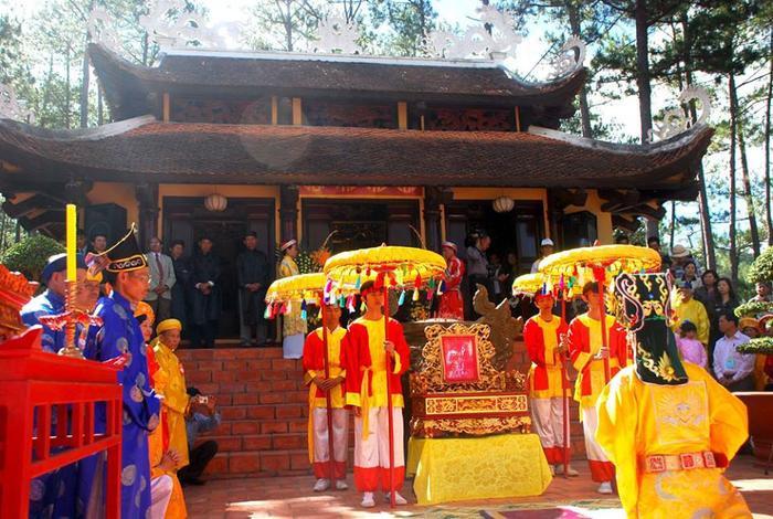 Lễ giỗ tổ ở Đền Hùng, Lâm Đồng.