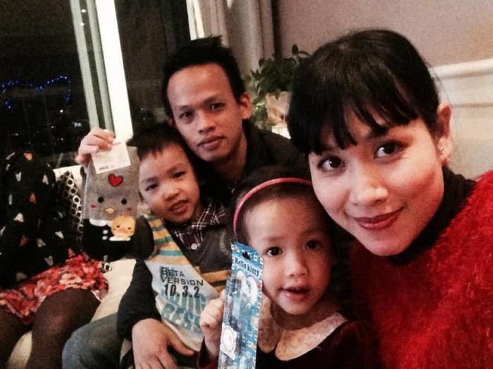 Gia đình hạnh phúc của Hà Hương sau khi rút lui khỏi showbiz.