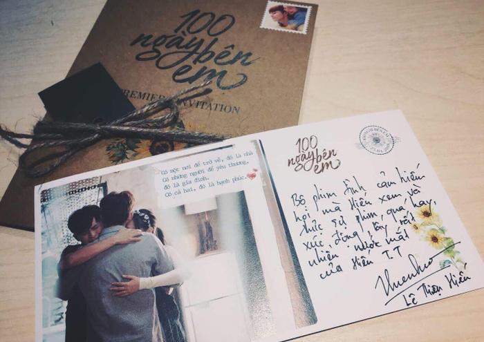 """Nam ca sĩ sinh năm 1995 - Lê Thiện Hiếu cho hay """"100 ngày bên em"""" là bộ phim tình cảm hiếm hoi mà anh chàng xem và cảm thấy xúc động. Thiện Hiếu cũng đã khóc rất nhiều khi theo dõi tác phẩm."""