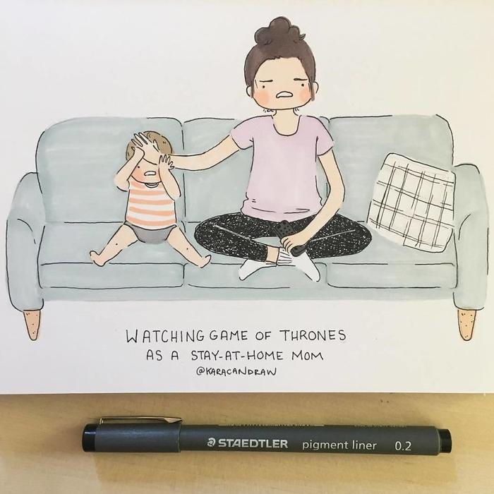 Mẹ rất thích coi Trò chơi vương quyền. Và mặc dù không hiểu gì, con vẫn sẵn sàng coi và phấn khích cùng mẹ.