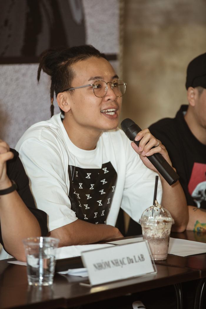 Tại buổi họp báo, Da LAB cho biết liveshow đã tiêu thụ được hơn 2000 vé sau 5 ngày mở bán và nhóm rất hạnh phúc vì nhận được sự ủng hộ nhiệt tình của người hâm mộ.