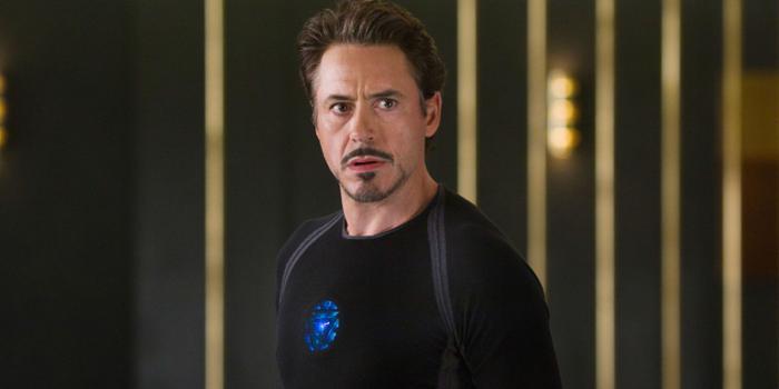 Robert Downey Jr. xứng đáng nhận được đề cử cho Nam phụ xuất sắc nhất.