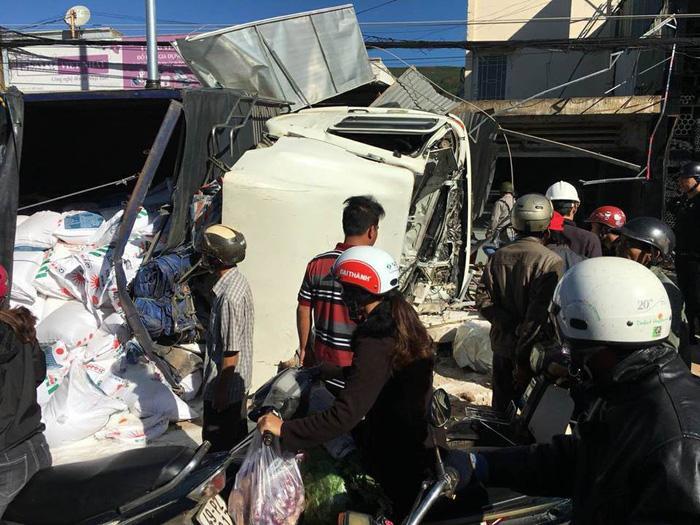 Hiện trường vụ tai nạn – Ảnh: CTV
