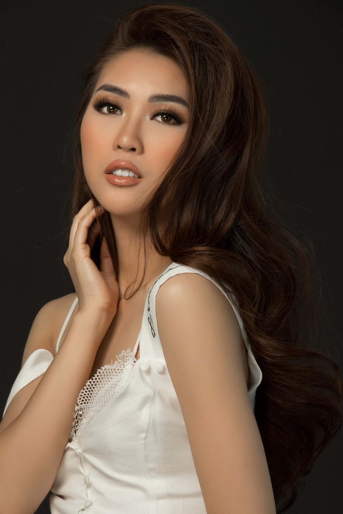 Sau Miss Intercontinental 2017, Tường Linh sẽ tiếp tục đi thi quốc tế trong năm 2018?