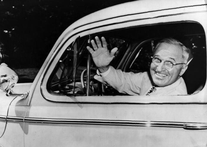 """19. Chữ """"S"""" trong tên Tổng thống Harry S Truman không mang ý nghĩa gì đặc biệt, đó chỉ đơn giản là một chữ trong bảng chữ cái. Ảnh: Keystone/Getty Images"""