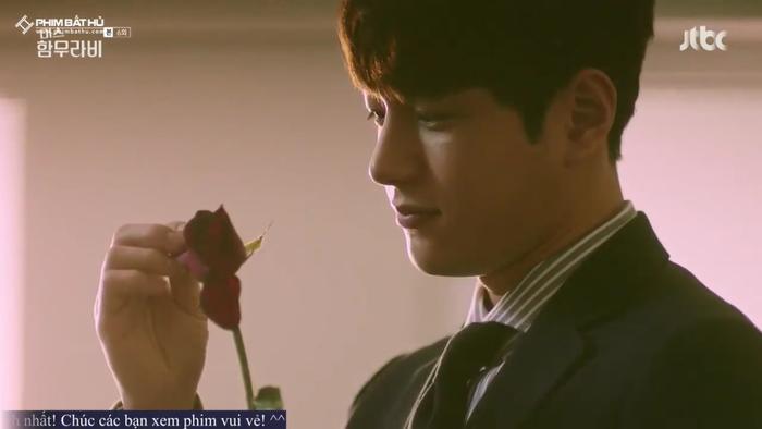 L (Infinite) bị Go Ara từ chối lời tỏ tình, đồng thời tiết lộ 'ngoài gái gú thì còn thích xem phim nóng' ảnh 4