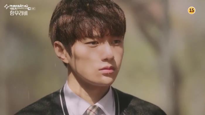 L (Infinite) bị Go Ara từ chối lời tỏ tình, đồng thời tiết lộ 'ngoài gái gú thì còn thích xem phim nóng' ảnh 20