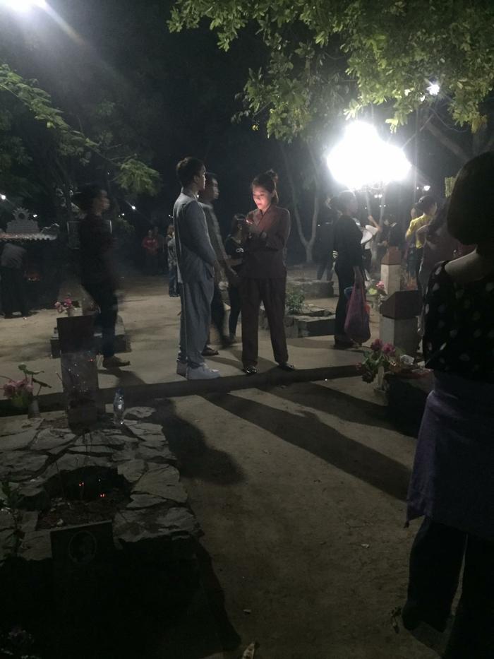 Fan bắt gặp Soobin và bạn gái tin đồn cùng nhau đi lễ.