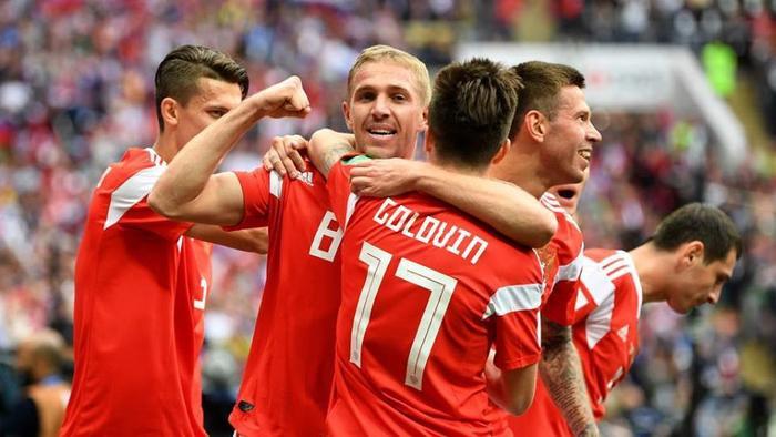 Nga đã mở màn cực kỳ thuận lợi bằng chiến thắng lịch sử 5-0. Ảnh: FIFA