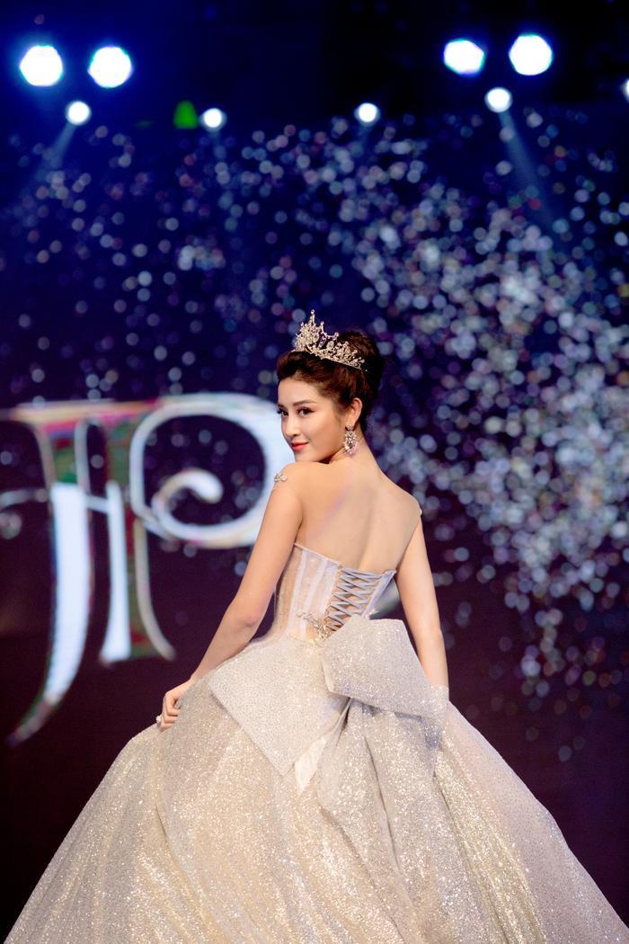 Đại diện Việt Nam tại Miss Grand International 2017 ngày càng hoàn thiện về nhan sắc.