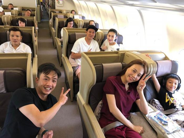 Cường Đô La đưa Đàm Thu Trang và con trai Subeo đi du lịch cùng nhau.