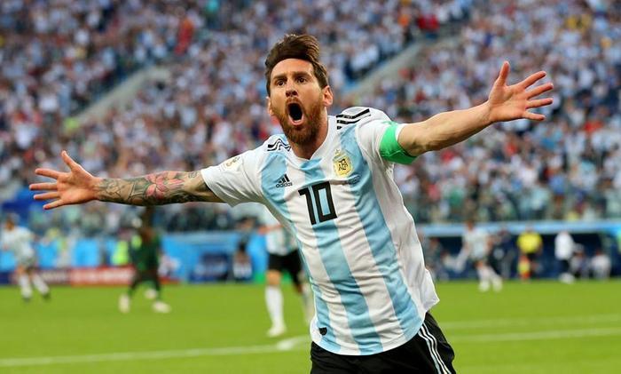 Messi đã lập siêu phẩm tuyệt đẹp. Ảnh: FIFA