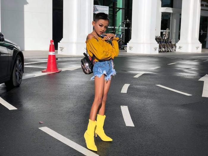 Nhìn ảnh này thì đâu có thua kém fashionista chuyên nghiệp đâu.
