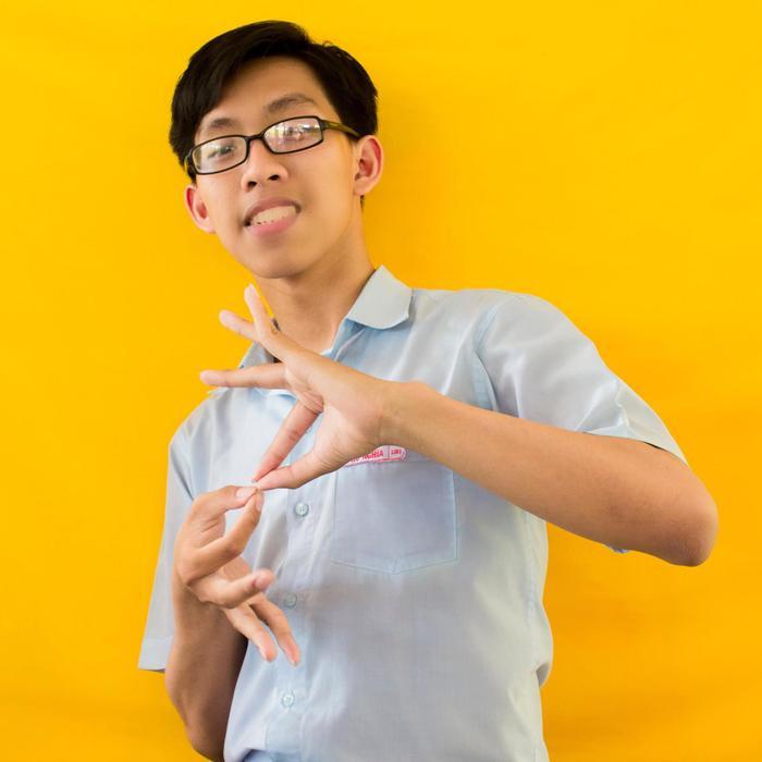 Phú Nghĩa đạt thủ khoa với 10 điểm môn Hóa học và 9 điểm môn Sinh học.