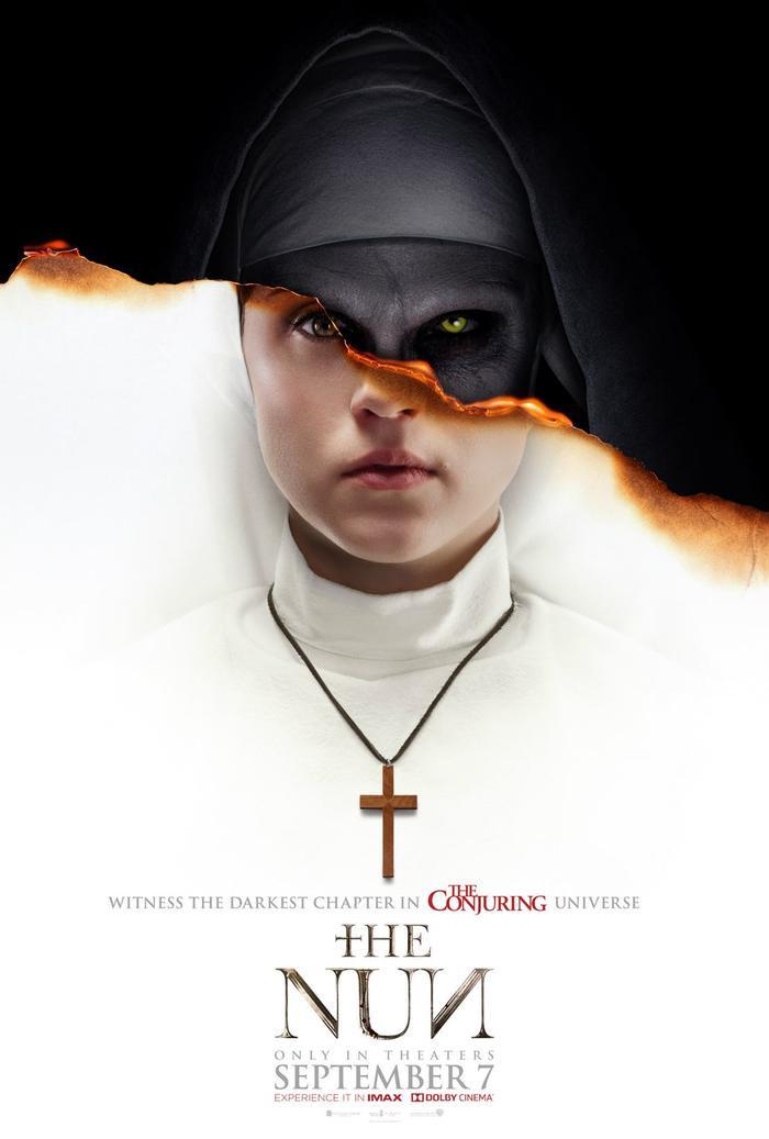 Poster chính thức của The Nun.