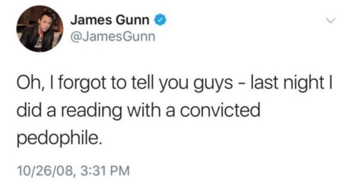 """""""Này, tôi quên kể với mọi người. Tối qua tôi đã xem xét kịch bản với một người bị kết tội ấu dâm!"""""""