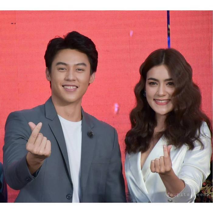 4 cặp đôi trai tài gái sắc của điện ảnh Thái Lan đã chứng tỏ: Yêu càng lâu thì càng đậm sâu ảnh 0